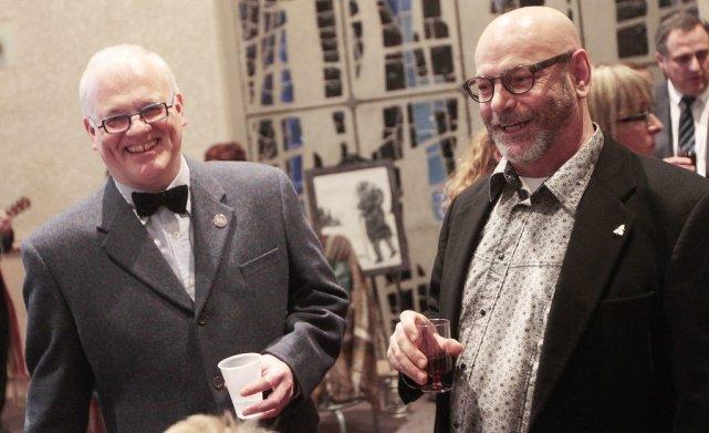 Le président de Franco-Queer, Ronald Dieleman, à gauche,... (Étienne Ranger, LeDroit)