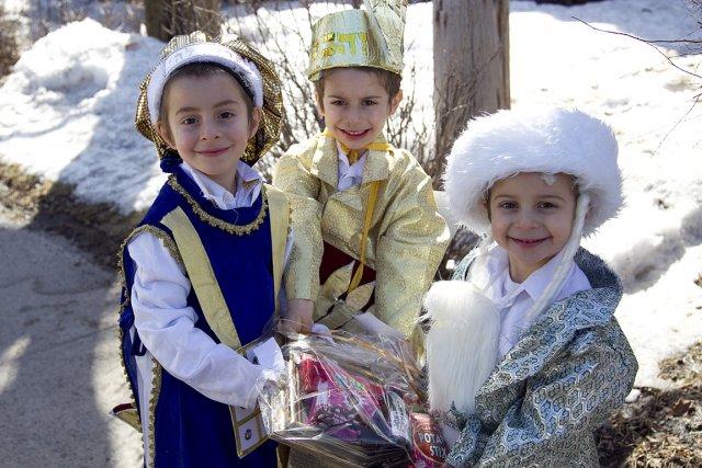 À la fête de Pourim, les enfants déguisés... (Photo: Hugo-Sébastien Aubert, archives La Presse)