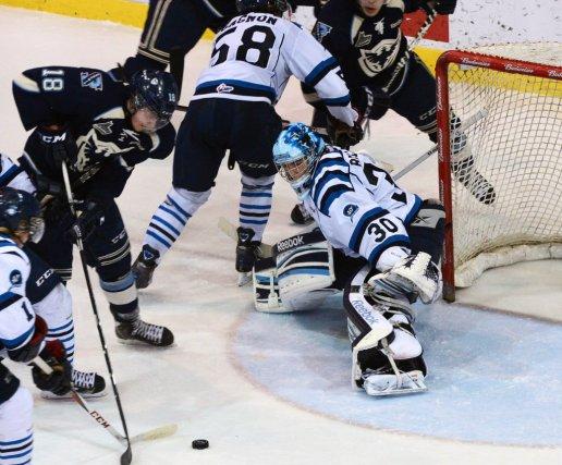 Le Phoenix a perdu 5-2 à Saguenay samedi.... (Progrès-Dimanche)