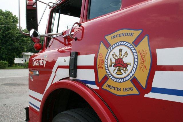 Les pompiers de Granby n'ont pas chômé au... (photo La Voix de l'Est)