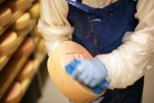 Des fromageries de la région se retrouvent parmi les finalistes de la huitième... (Archives La Tribune, René Marquis)