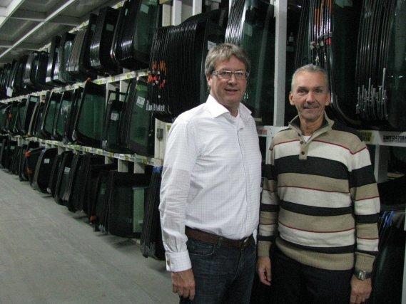 Les deux propriétaires de PH Vitres d'Autos de...