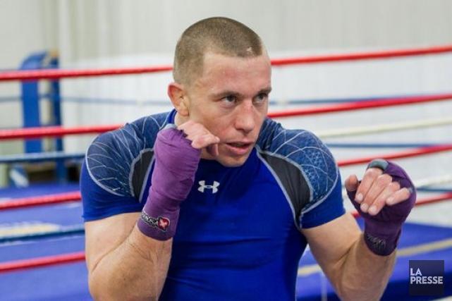 L'ancien champion des mi-moyens de l'UFC Georges St-Pierre a applaudi la... (Photo Édouard Plante-Fréchette, archives La Presse)