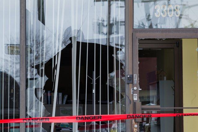 Dans la nuit d'hier à aujourd'hui, des vandales... (Photo : Edouard Plante-Fréchette, La Presse)