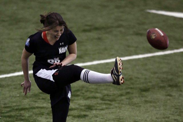 Lauren Silbermans'est blessée à la cuisse lors de... (Photo: AP)