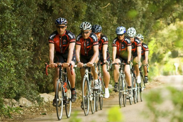 Le vélo est un des nombreux sports proposés... (Photo fournie par l'hôtel Pollentia Club Resort)