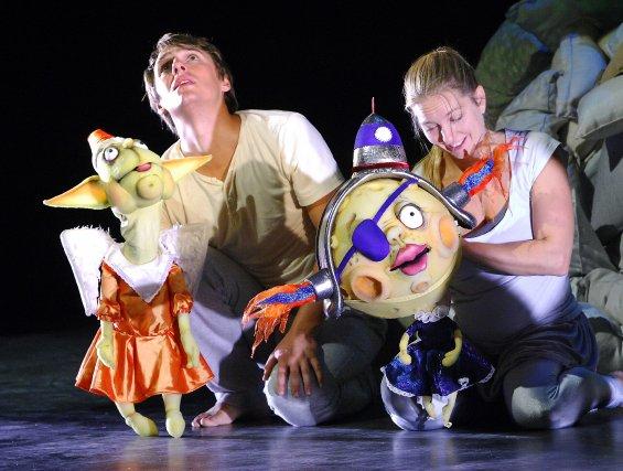 Les gens de théâtre de la région se mobilisent pour relancer le Festival... (Photo archives Michel Tremblay)