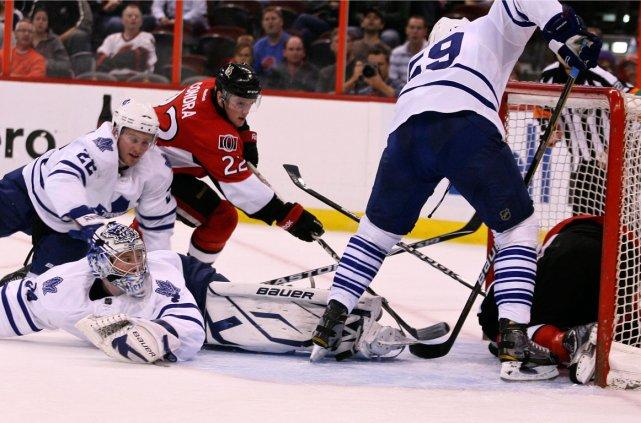 Pour une rare fois, le duel Ottawa-Toronto présente... (Patrick Woodbury, LeDroit)