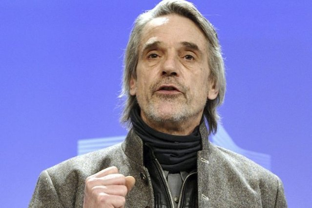 Jeremy Irons a plaidé jeudi à Bruxelles en... (Photo: AFP)