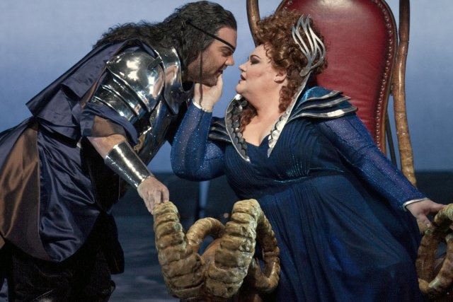 Bryn Terfel et Stephanie Blythe dans Die Walküre... (Photo: Ken Howard, fournie par le Metropolitan Opera)