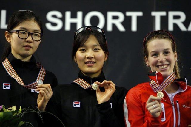 Marianne St-Gelais (à droite) a remporté la médaille... (Photo Laszlo Balogh, Reuters)