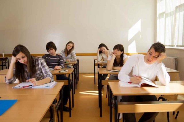 Selon une vaste enquête réalisée dans les écoles...