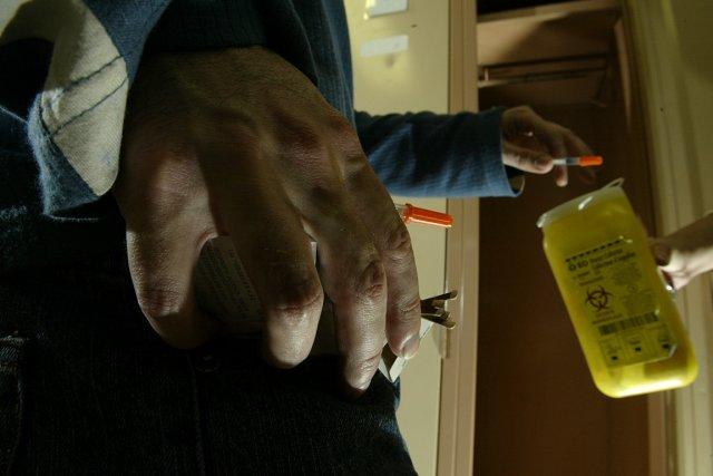 Les toxicomanes doivent vider leurs poches avant de... (Photo: André Tremblay, archives La Presse)
