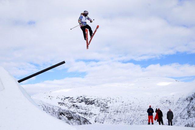 La Montréalaise Kaya Turski a ajouté le titre... (Photo Hakon Mosvold Larsen, Reuters)