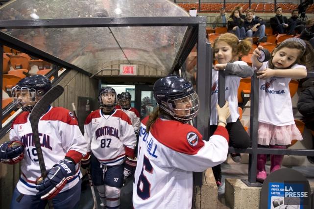 Des joueuses des Stars de Montréal.... (Photo Robert Skinner, archives La Presse)