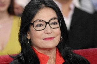 Nana Mouskouri... (Photo: archives La Presse Canadienne)
