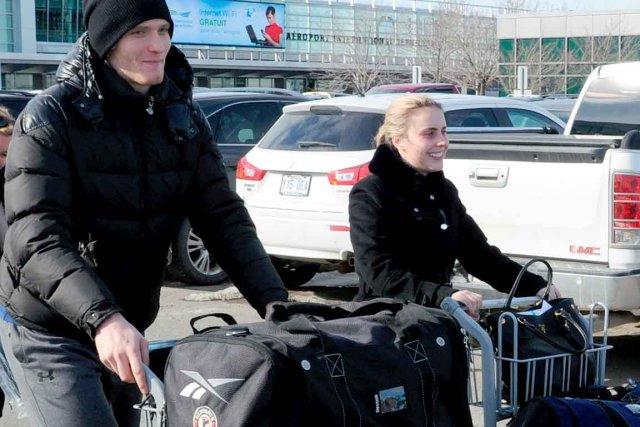 Mikhail Grigorenko, accompagné de sa copine Amélie, était... (Photo Le Soleil, Erick Labbé)