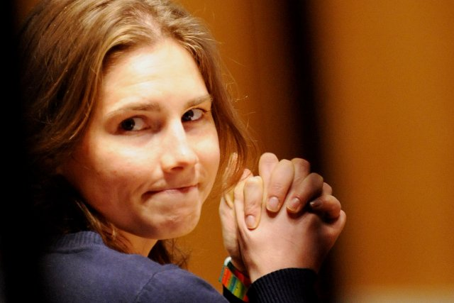 Amanda Knox (notre photo) et son copain italien... (PHOTO TIZIANA FABI, ARCHIVES AFP)