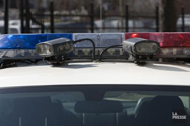 Plusieurs armes à feu auraient servi dans la fusillade ayant éclaté  samedi... (Photo : archives La Presse)