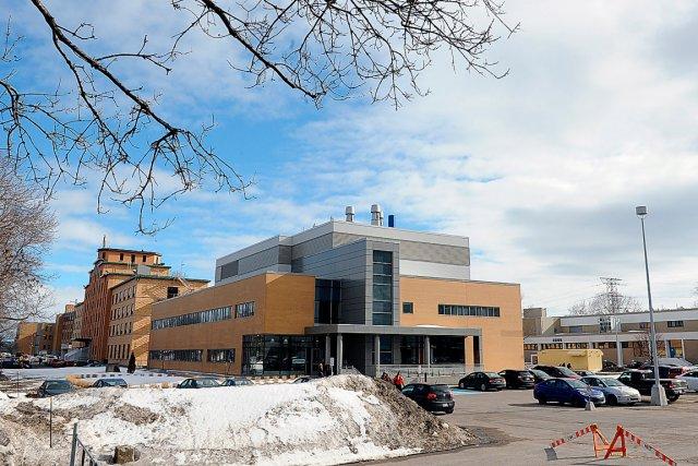la construction dun nouvel hpital moderne sur les photo le - Hapital Moderne