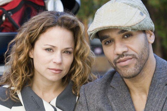 Les personnages anglo-montréalais à se trouver au coeur... (Photo: fournie par Radio-Canada)