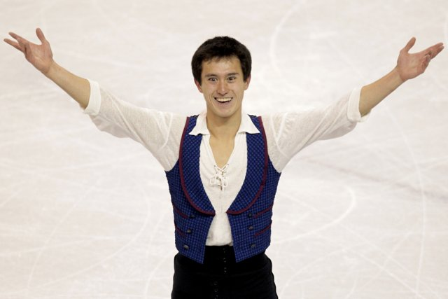 Patrick Chan... (Photo Fred Thornhill, Reuters)