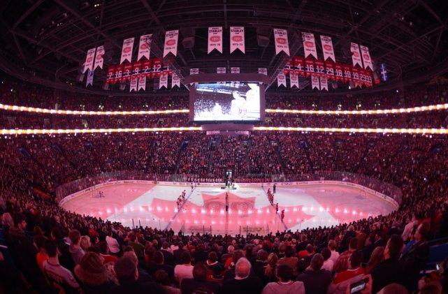 Le Centre Bell avant un match du Canadien... (Photo Bernard Brault, La Presse)
