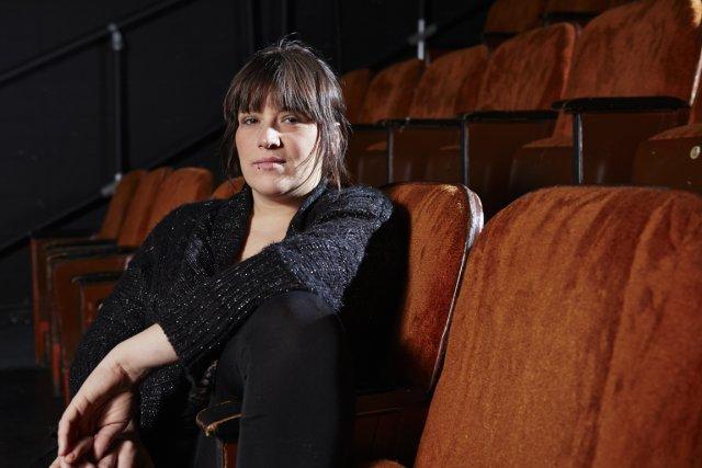 L'auteure et slameuse Marjolaine Beauchamp met les pieds... (Photo Ulysse Lemerise, collaboration spéciale)
