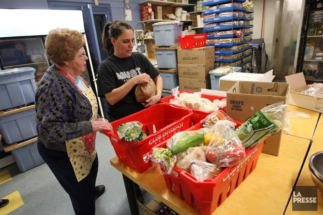 L'étude constate que le recours aux banques alimentaires... (PHOTO MARTIN CHAMBERLAND, ARCHIVES LA PRESSE)