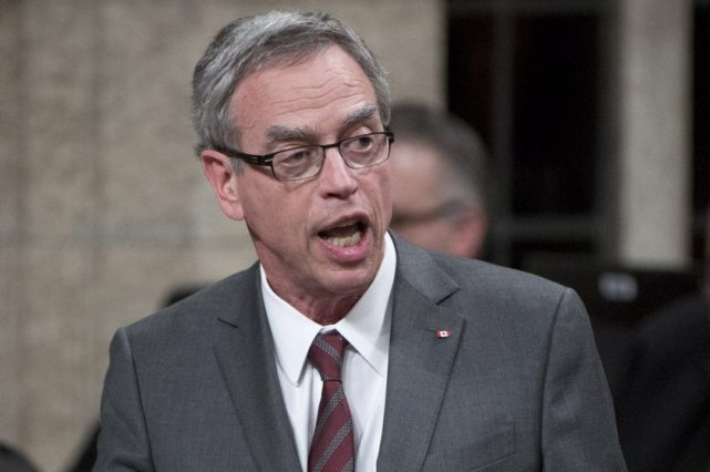 Le ministre fédéral des Ressources naturelles, Joe Oliver... (Photo La Presse Canadienne)