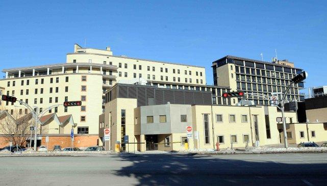 Le gouvernement du Québec exige des coupes supplémentaires de 8 millions$ aux... ((Archives))