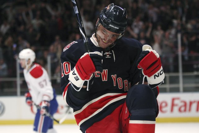 Les Rangers et les Blue Jackets ont volé... (Photo Mike Segar, Reuters)