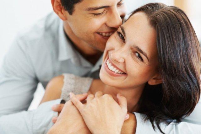 Une étude américaine montre que les jeunes mariés... (Photo Yuri Arcurs/shutterstock.com)