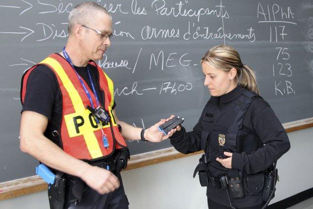 La formation d'intervention à haut risque  prépare... (photo Alain Dion)