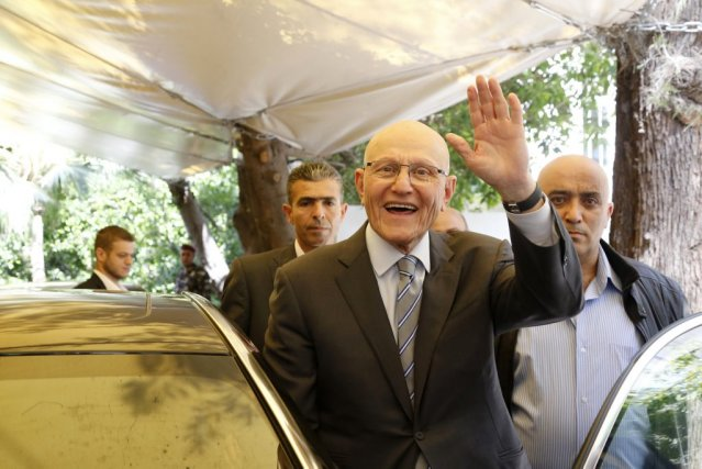 Tammam Salam (au centre)... (Photo: Reuters)
