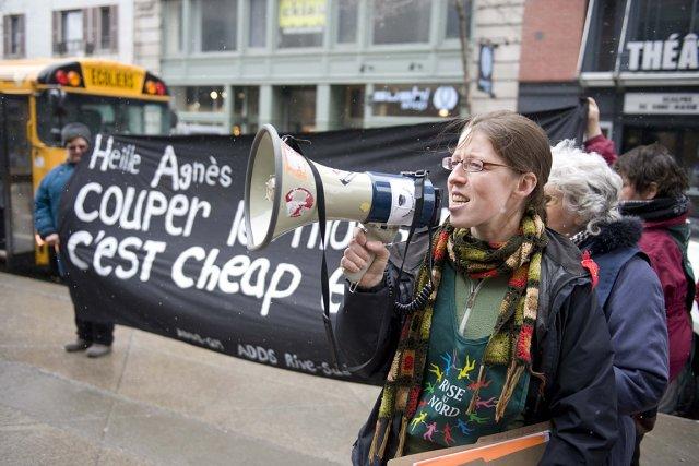 Début mars, des représentants des groupes sociaux ont... (Photo: Steve Deschênes, archives Le Soleil)