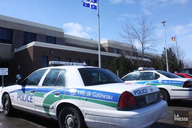 Pour une deuxième fois en deux semaines, un agent de la police de Gatineau a... (Photo archives Le Droit)