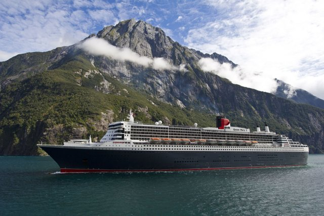 Le Queen Mary 2 dans le Parc national... (Photo fournie par Cunard)