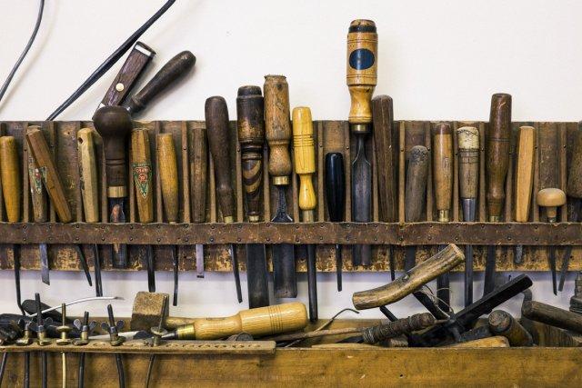 Outils utilisés pas les luthiers.... (Photo Édouard Plante-Fréchette, La Presse)