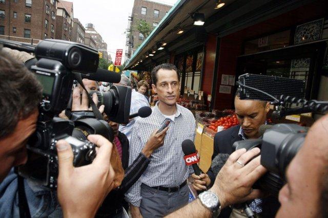 Anthony Weiner avait reconnu avoir envoyé un gros... (Photo AP)