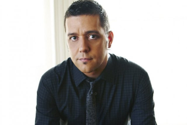 George Stroumboulopoulos... (Photo: fournie par CBC/Radio-Canada)