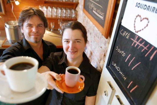 Benoît Maheux, gérant du Tam Tam Café, et... (Photothèque Le Soleil, Yan Doublet)