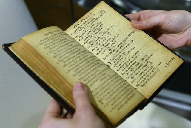 Le Bay Psalm Book... (Photo: AFP)