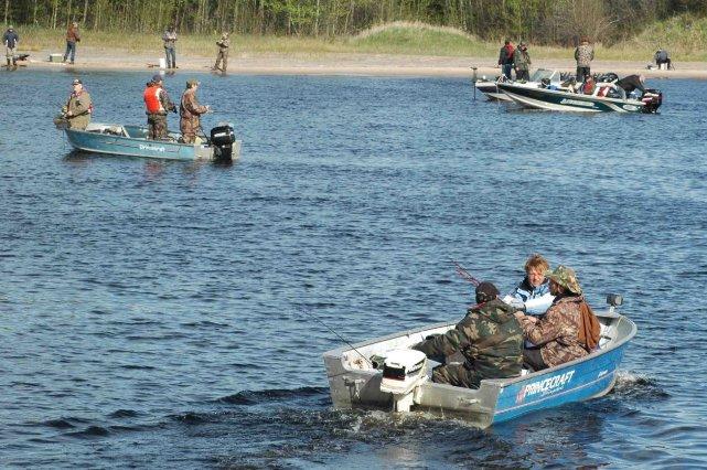 Les succès de pêche à la ouananiche depuis quelques années a eu des... ((Archives))