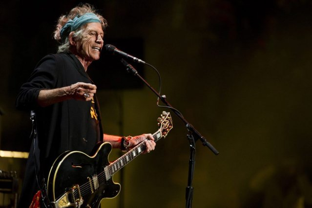 Keith Richards s'est invité au festival Crossroads 2013.... (Photo AP)
