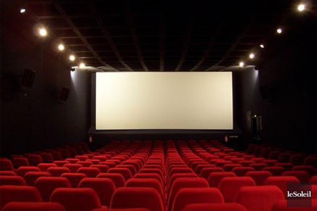 Voir le film qui me plaît dans le cinéma qui me plaît? Mes taxes et mes impôts... (Photothèque Le Soleil)