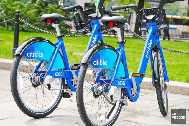 Le jour du lancement du CitiBike, New York... (PHOTO FOURNIE PAR CITI BIKE)