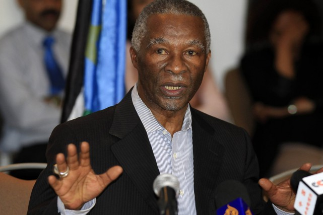 Thabo Mbeki... (PHOTO ARCHIVES AGENCE FRANCE-PRESSE)