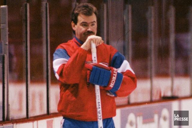 Burns a dirigé le Canadien, les Maple Leafs,... (Photo Denis Courville, archives La Presse)