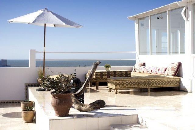 Les terrasses de l'hôtel Blue Kaouki offrent une... (Photo fournie par Louis Lavoie Isebaert)